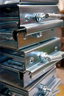 Bright zinc plated clamps