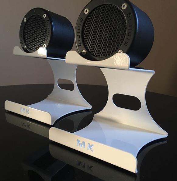 Freshlook-MK-Desktop-Duo-Steel-Stands